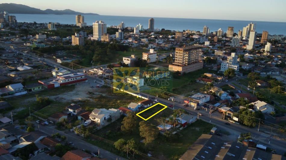 Terreno Codigo 2718 a Venda no bairro-Perequê na cidade de Porto Belo