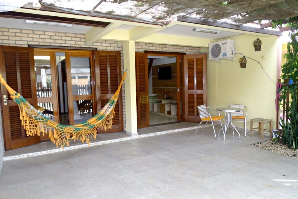 Sobrado Codigo 488 para Temporada no bairro Bombas na cidade de Bombinhas