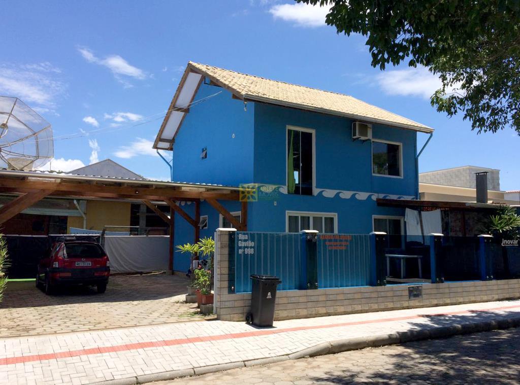 Casa Codigo 479 para Temporada no bairro Bombas na cidade de Bombinhas