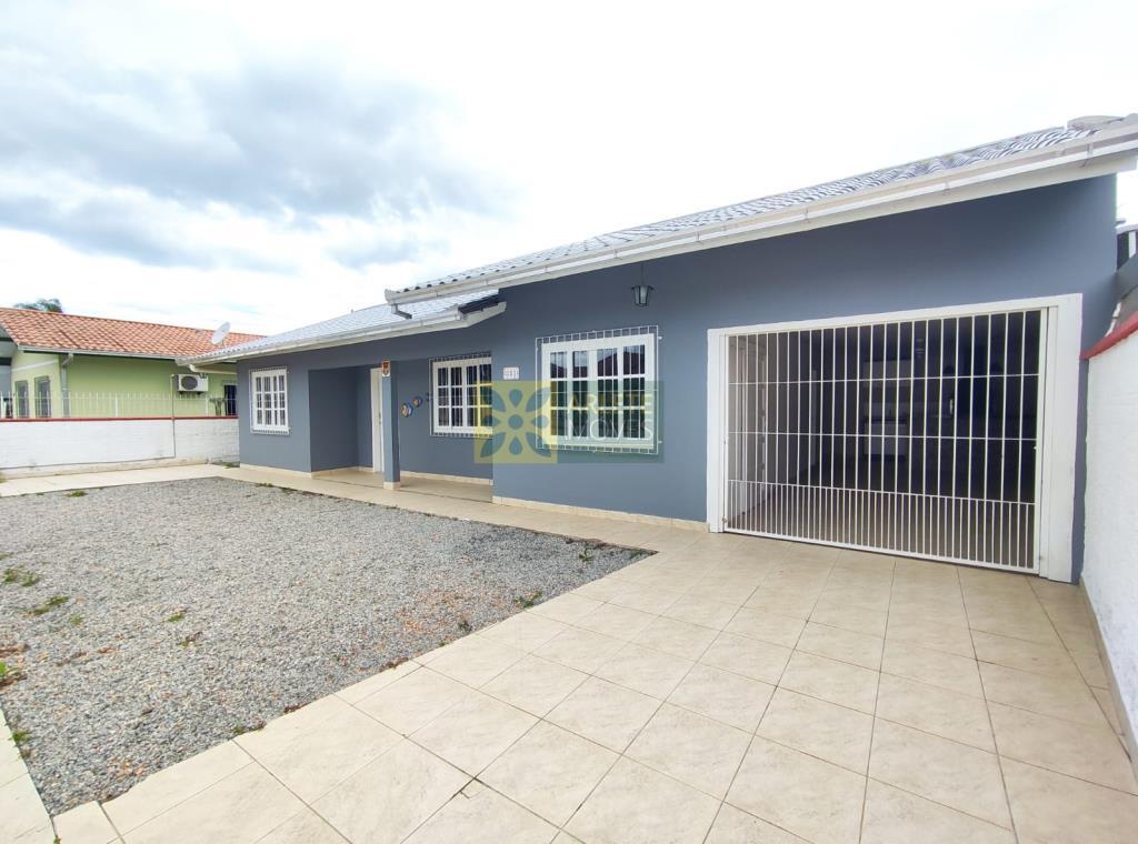 Casa Codigo 2147 a Venda no bairro-Perequê na cidade de Porto Belo