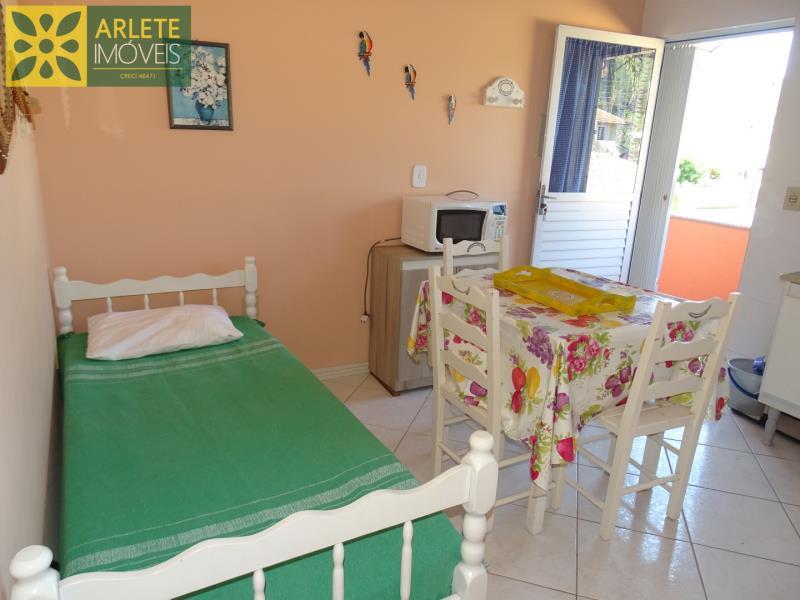 16 - cozinha residencial locação porto belo