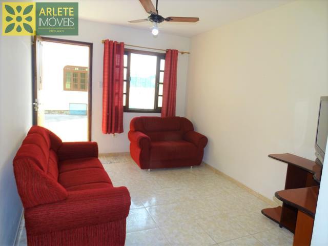 5 - sala de estar residencial imóvel locação porto belo