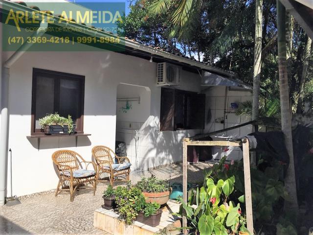 Apartamento Codigo 141 para Temporada no bairro Centro na cidade de Porto Belo