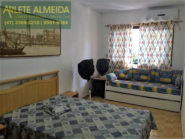 11 - quarto casa locação porto belo