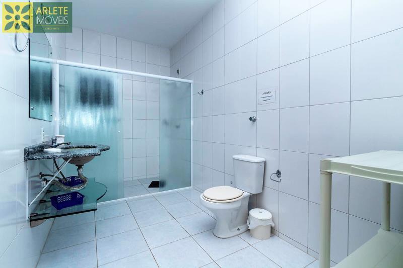 13 - banheiro casa locação beira mar perequê