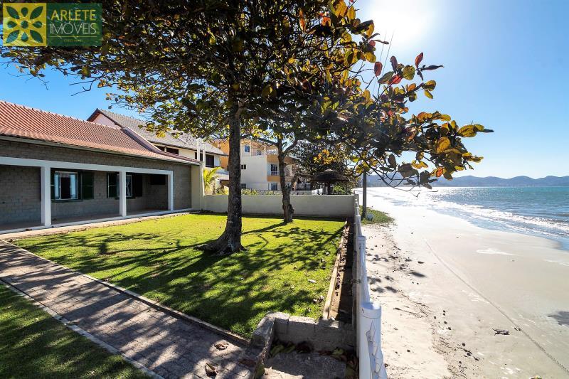 27 - vista da praia casa locação beira mar perequê
