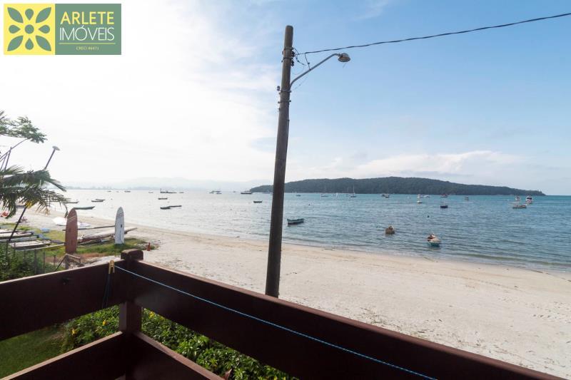28 - sacada com vista para o mar imóvel para locação porto belo