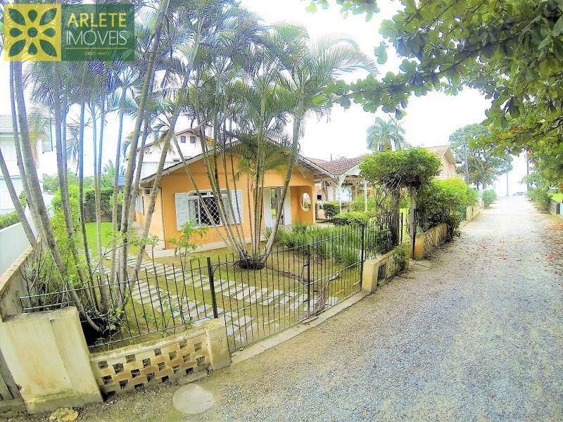 Casa Codigo 124 para Temporada no bairro Centro na cidade de Porto Belo