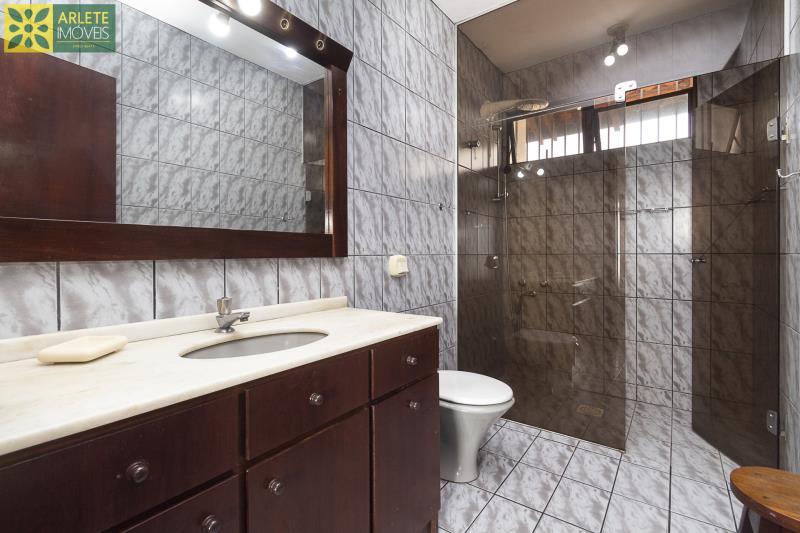 8 - banheiro casa beira mar locação porto belo