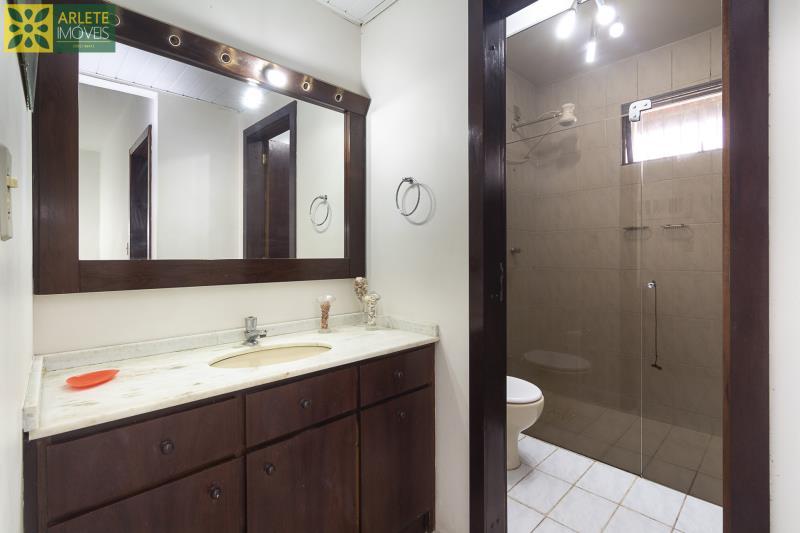 14 - banheiro social casa beira mar locação porto belo