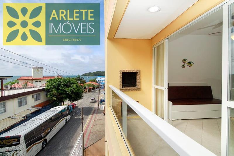 Apartamento Codigo 339 para Temporada no bairro Centro na cidade de Bombinhas