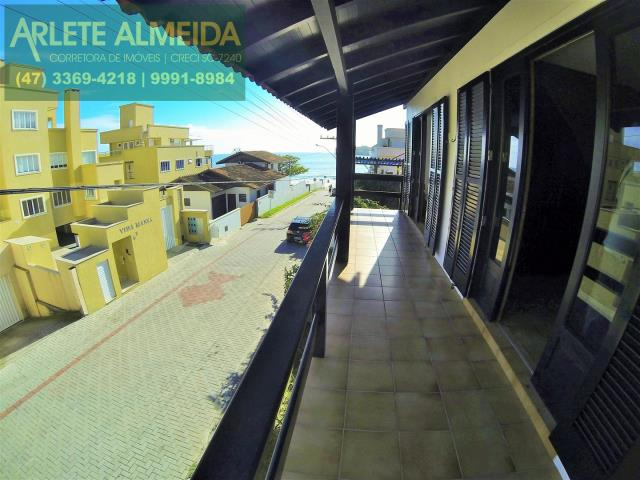 Casa Codigo 316 para Temporada no bairro Centro na cidade de Bombinhas