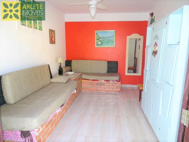2 - sala de estar apartamento locação porto belo