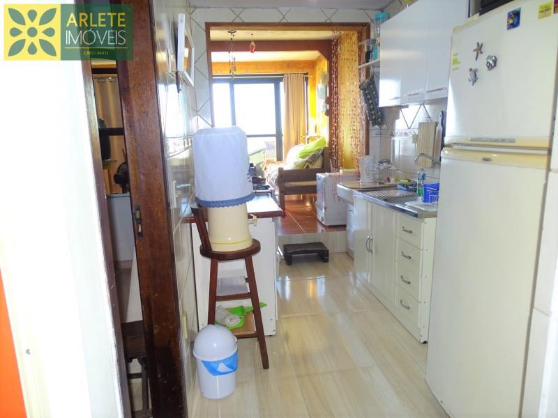 9 - cozinha apartamento locação porto belo