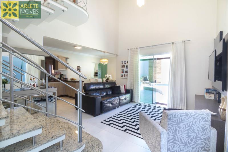 21 - sala de estar casa com piscina para aluguel em Bombinhas