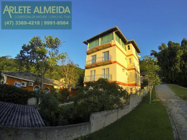 Apartamento Codigo 89 para Temporada no bairro Centro na cidade de Porto Belo