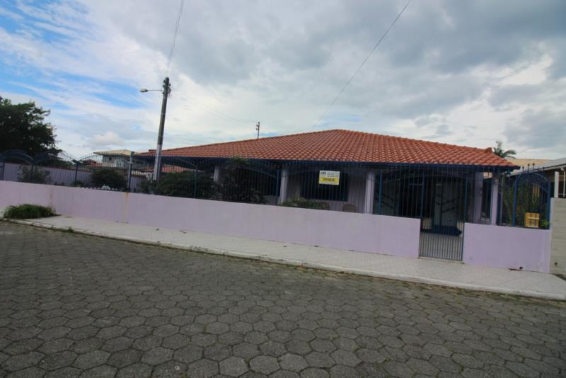 Casa - Código 618 Imóvel a Venda no bairro Praia de Fora na cidade de Palhoça