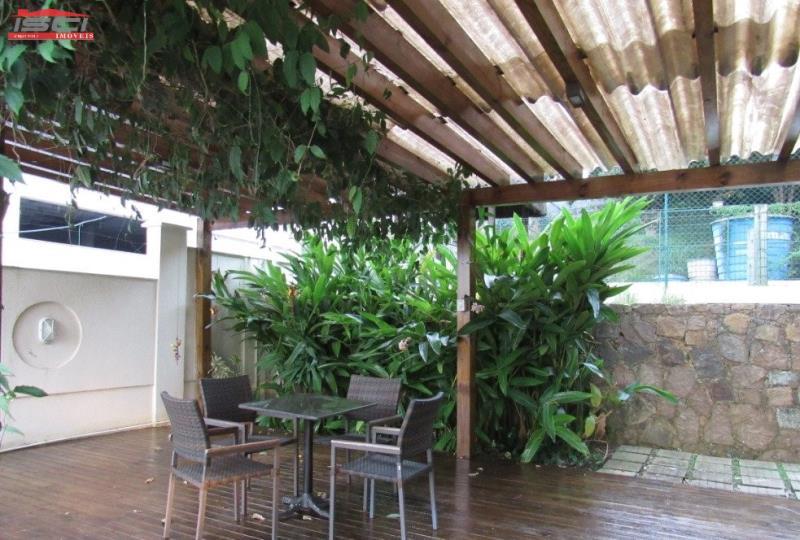 Área externa do salão