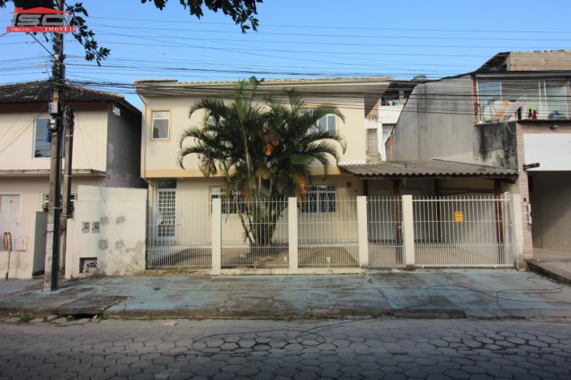 Casa Código 1069 Imóvel para Alugar no bairro Jardim das Palmeiras na cidade de Palhoça