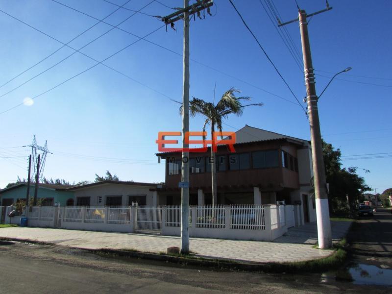 Sobrado de Código 170 Imóvel a Venda no bairro Centro na cidade de Tramandaí