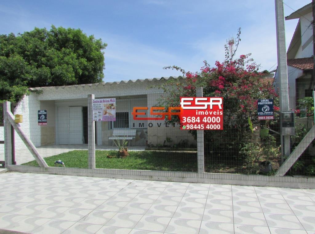 Casa de Código 324 Imóvel a Venda no bairro Centro na cidade de Tramandaí