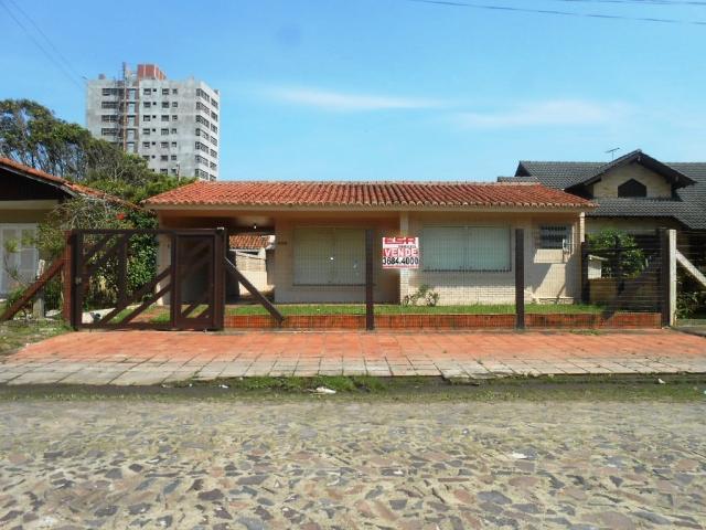 Casa de Código 1726 Imóvel a Venda no bairro Centro na cidade de Tramandaí