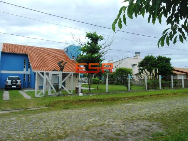 Sobrado de Código 2053 Imóvel a Venda no bairro Zona Nova na cidade de Tramandaí