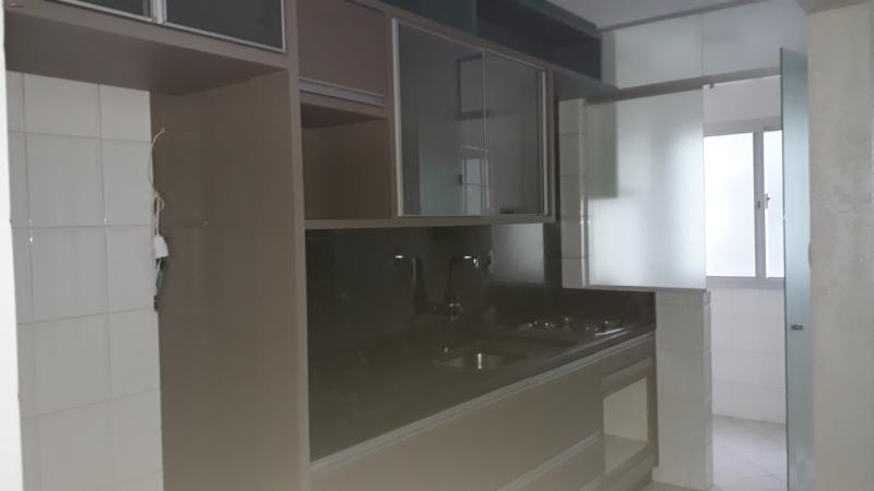 cozinha semi mobiliada