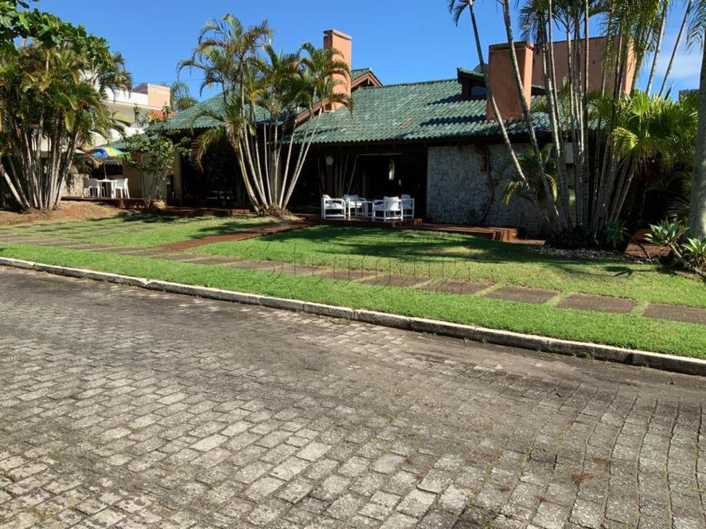 Casa Código 8327 para Temporada  no bairro Jurerê Internacional na cidade de Florianópolis