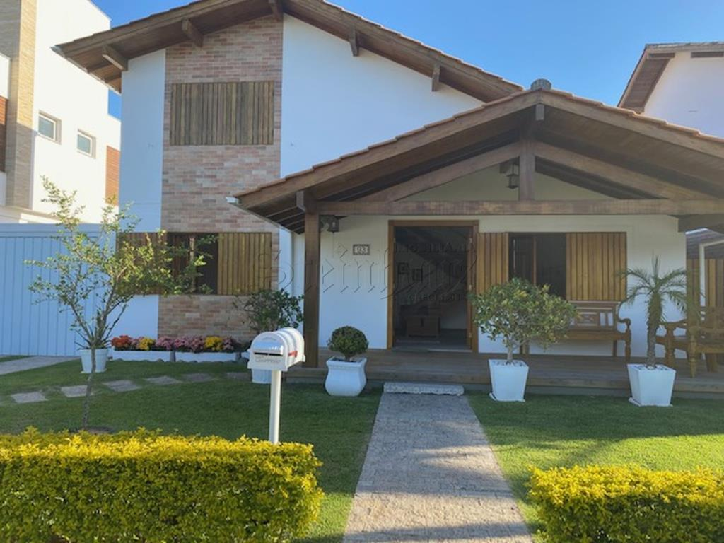 Casa Código 8446 para Temporada  no bairro Jurerê Internacional na cidade de Florianópolis