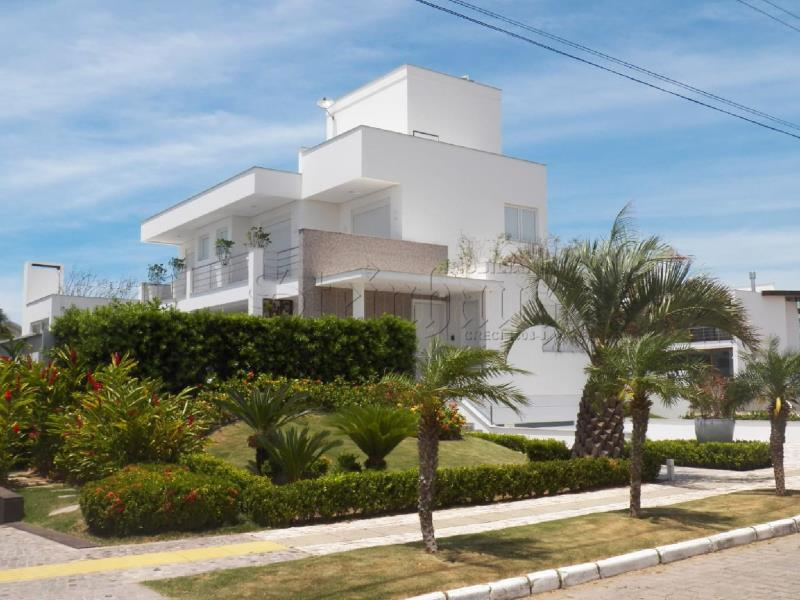 Casa Código 8884 para Temporada no bairro Jurerê Internacional na cidade de Florianópolis