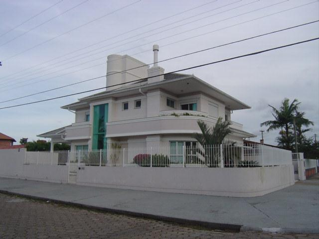 Casa Código 8887 para Venda  no bairro Daniela na cidade de Florianópolis