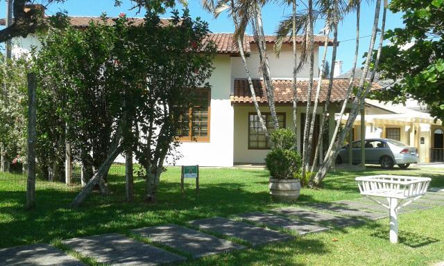 Casa Código 9744 para alugar no bairro Jurerê Internacional na cidade de Florianópolis