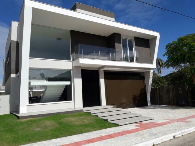 Casa Código 9815 para Temporada no bairro Jurerê Internacional na cidade de Florianópolis