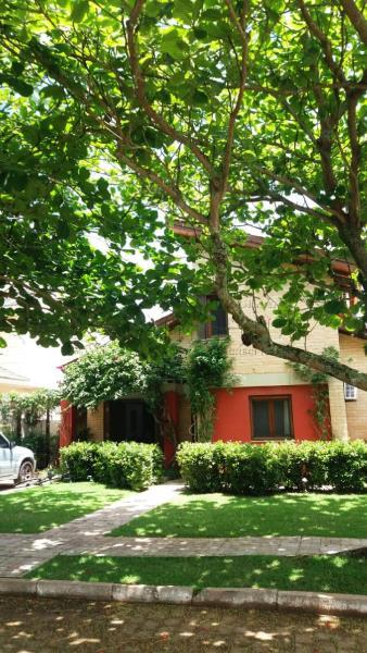 Casa Código 9861 para Temporada no bairro Jurerê Internacional na cidade de Florianópolis