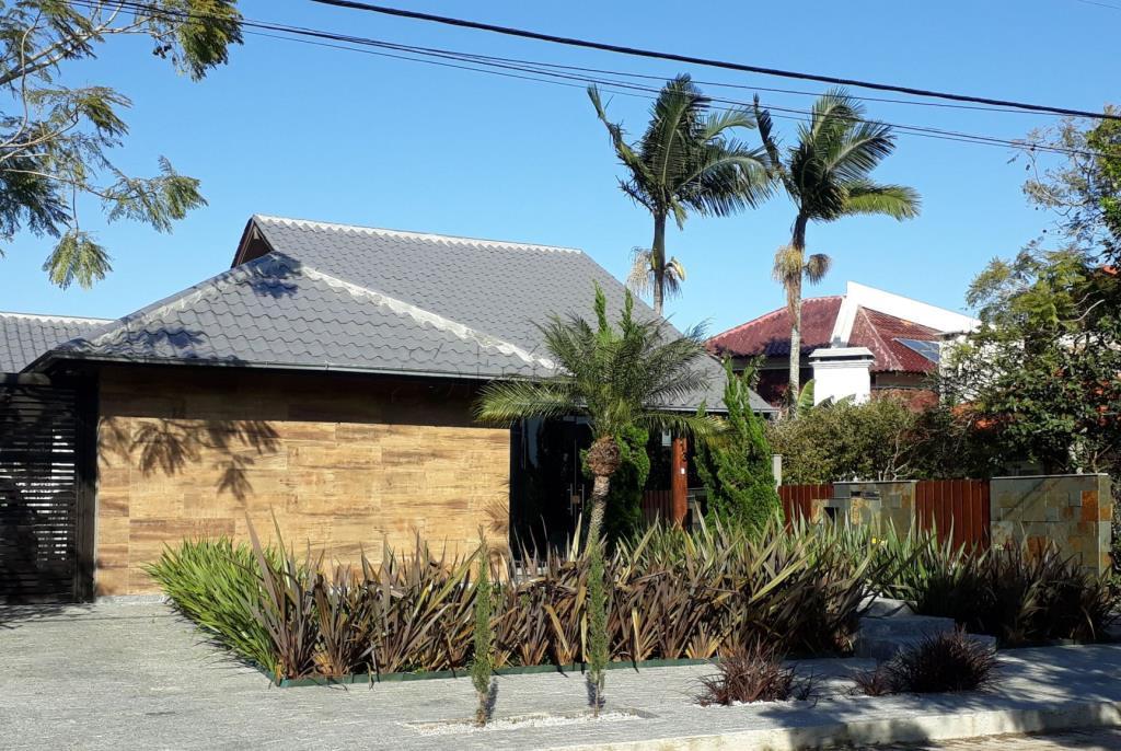 Casa Código 10225 para Venda  no bairro Jurerê Internacional na cidade de Florianópolis