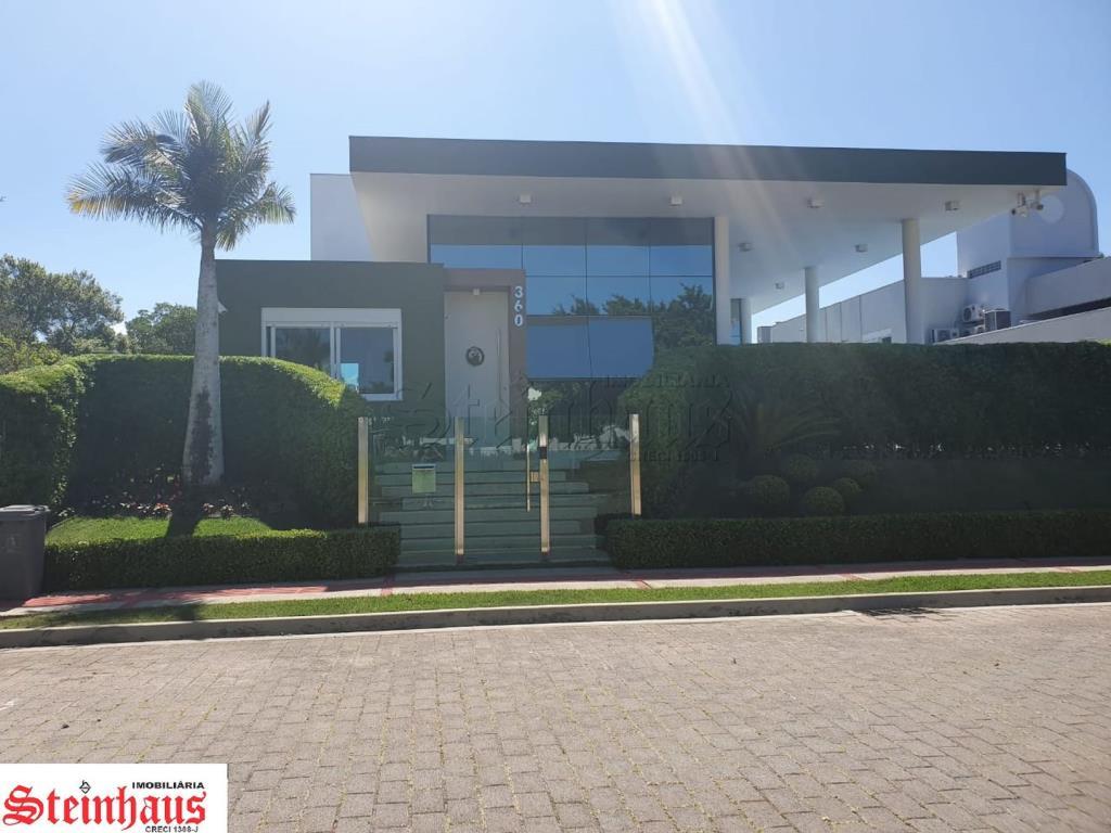 Casa Código 10240 a Venda  no bairro Jurerê Internacional na cidade de Florianópolis