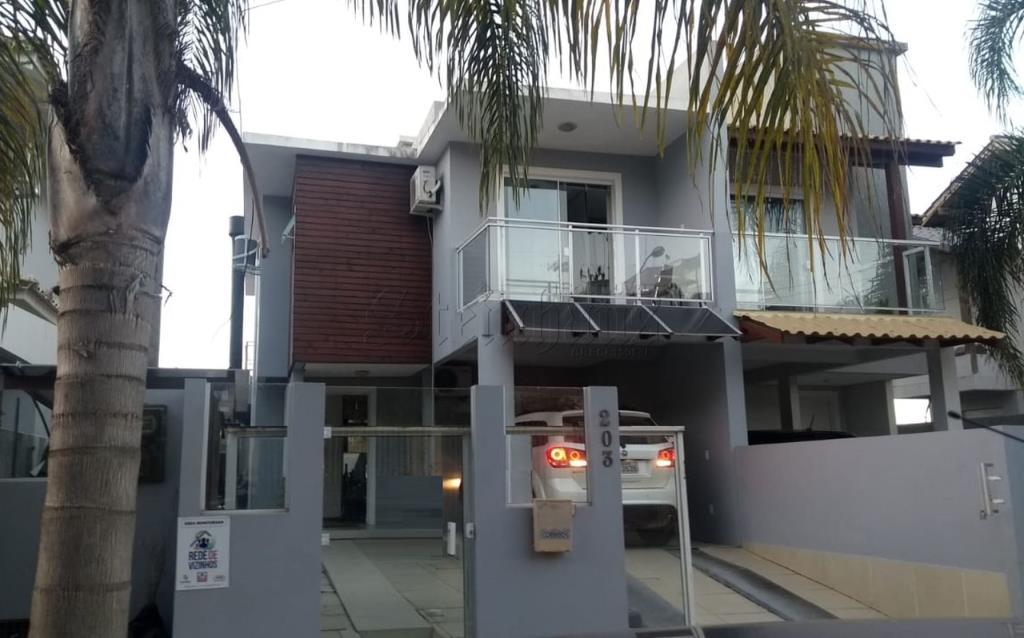 Casa Geminada Código 10269 para Venda no bairro Canasvieiras na cidade de Florianópolis