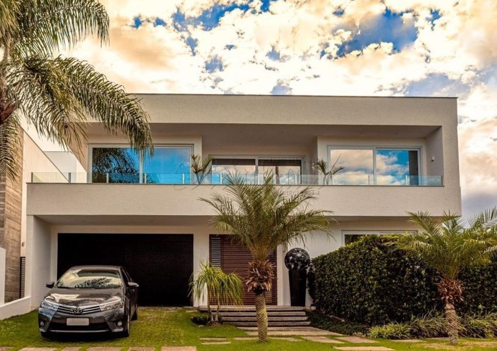 Casa Código 10303 para Temporada no bairro Jurerê Internacional na cidade de Florianópolis