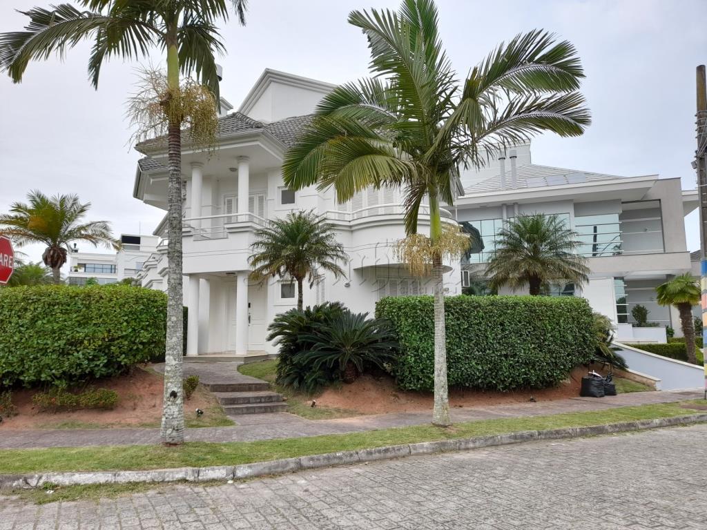 Casa Código 10329 para Temporada no bairro Jurerê Internacional na cidade de Florianópolis