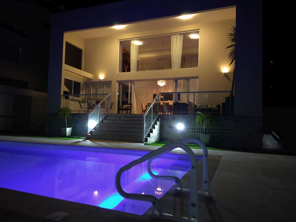 Casa Código 10342 para Temporada no bairro Canasvieiras na cidade de Florianópolis