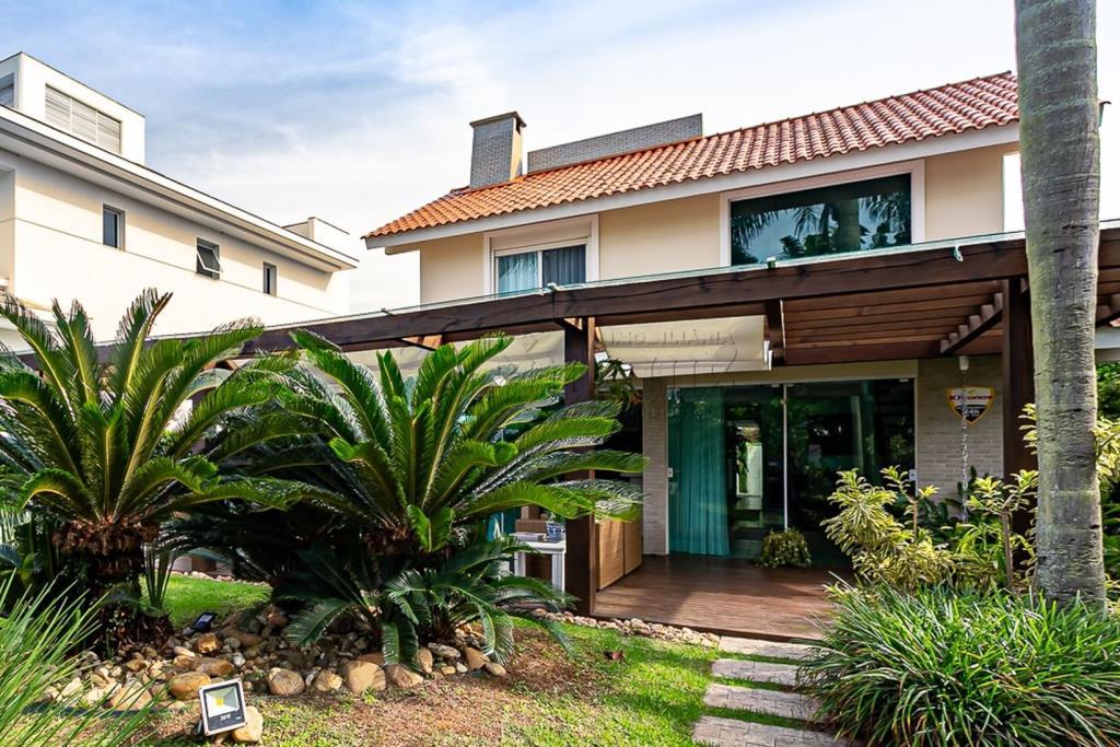 Casa Código 10402 para Temporada no bairro Jurerê Internacional na cidade de Florianópolis