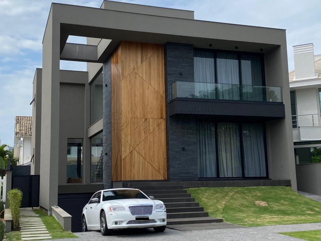 Casa Código 10460 para Temporada no bairro Jurerê Internacional na cidade de Florianópolis