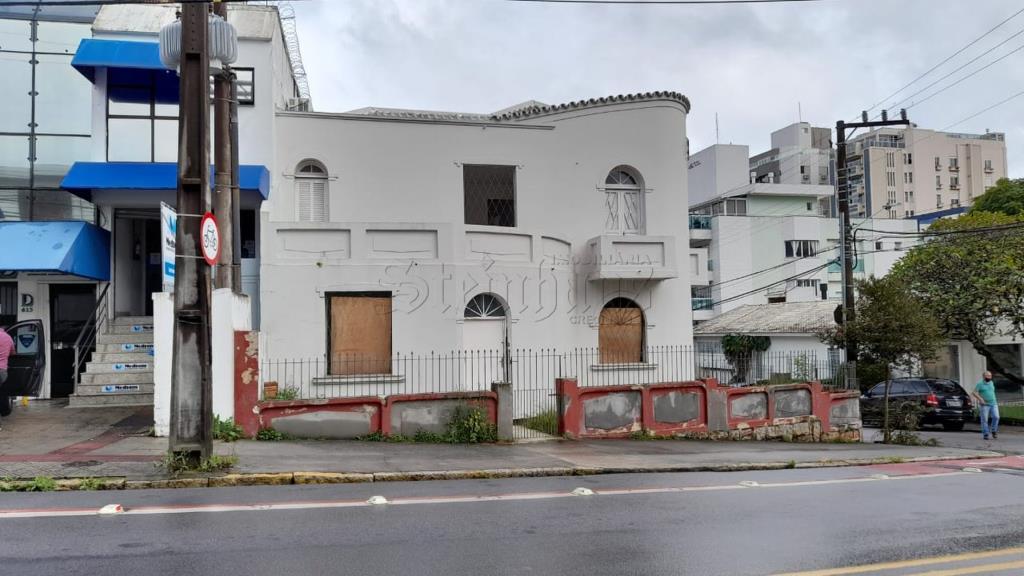 Casa Código 10513 para Venda no bairro Centro na cidade de Florianópolis