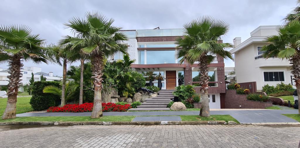 Casa Código 10669 para Aluguel Temporada  no bairro Jurerê Internacional na cidade de Florianópolis