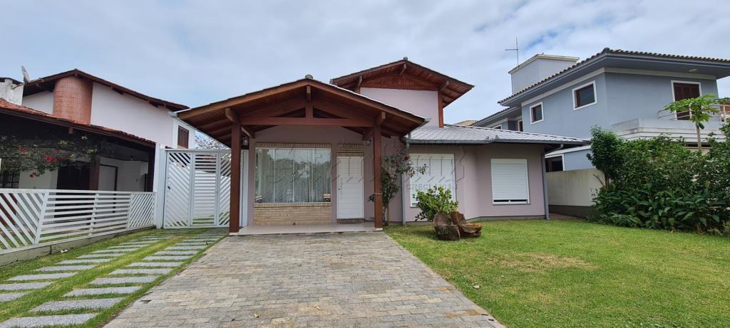 Casa Código 10690 para Temporada no bairro Jurerê Internacional na cidade de Florianópolis