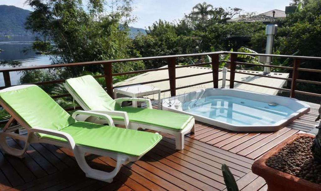 Casa Código 10695 para Venda  no bairro Barra da Lagoa na cidade de Florianópolis