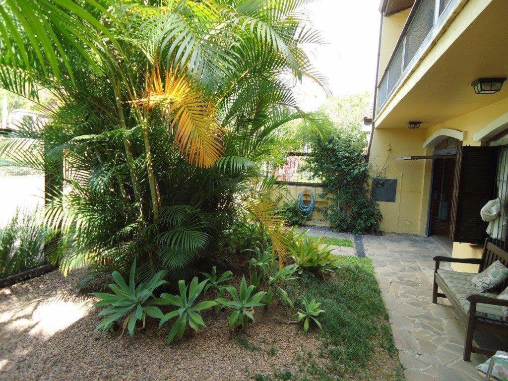 Casa Código 10696 para Venda no bairro Chácara das Pedras na cidade de Porto Alegre