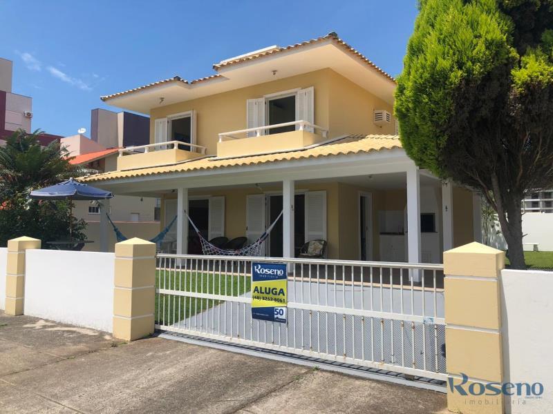 Casa-Codigo-5-para-Alugar-na-temporada-no-bairro-Palmas-na-cidade-de-Governador-Celso-Ramos
