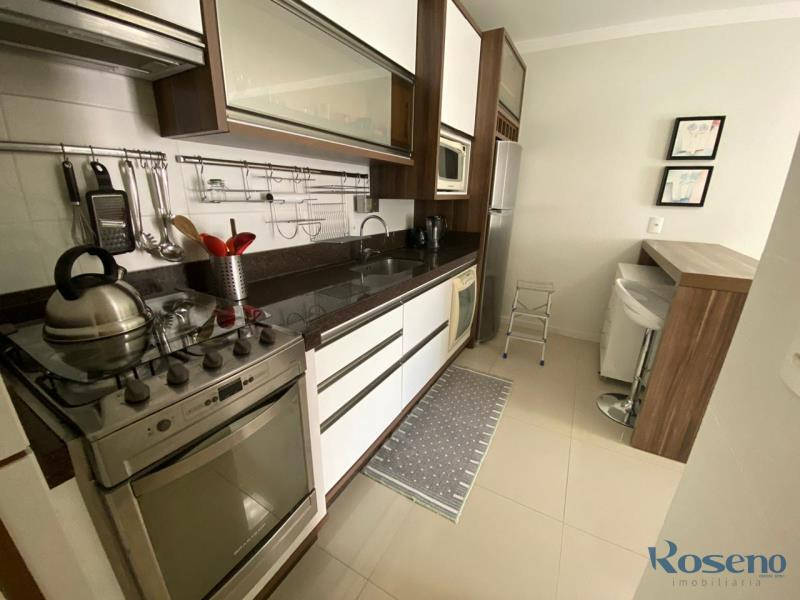 Apartamento Codigo 91 para Alugar para temporada no bairro Palmas na cidade de Governador Celso Ramos cozinha